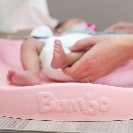 Bumbo přebalovací podložka Pink