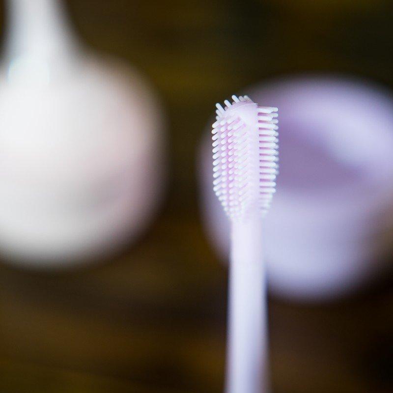 innoGIO elektronický sonický zubní kartáček Violet