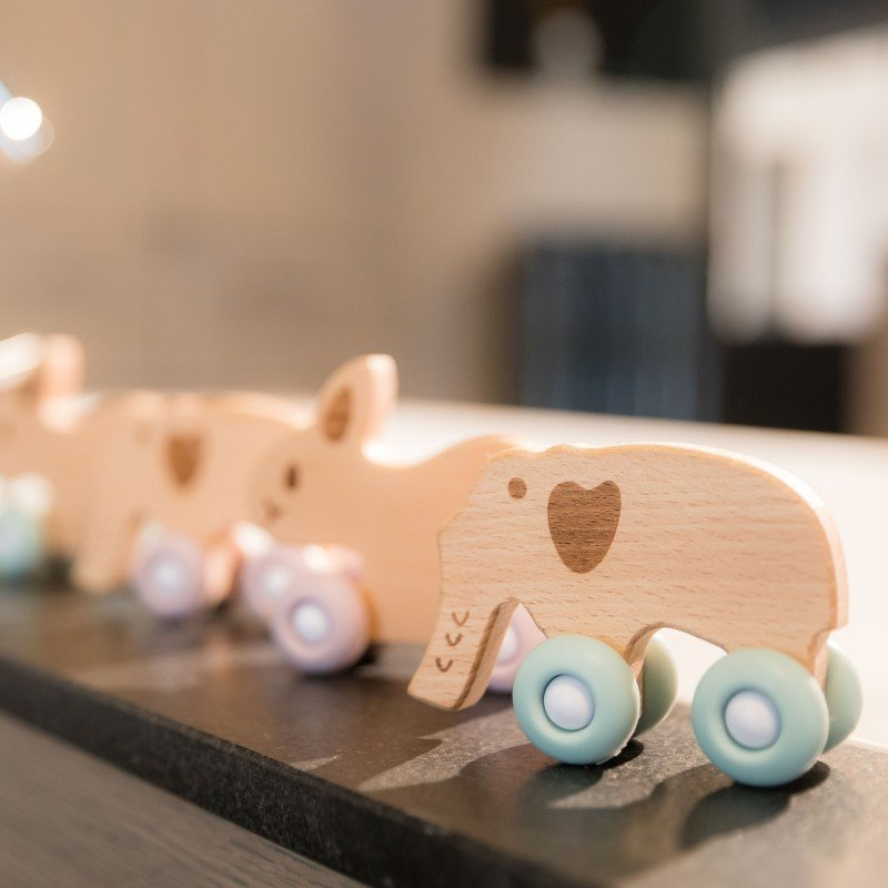 Bo Jungle dřevěná hračka B-WOODY Elephant Pastel Blue