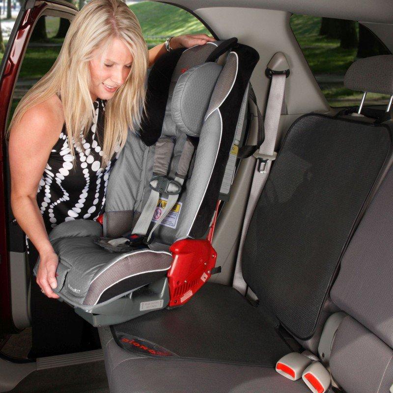 Diono chránič autosedadla Grip It